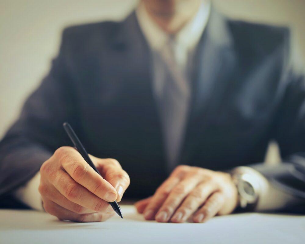 landlord writing a tenancy agreement